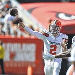 Manziel's first win complicates Browns QB situation
