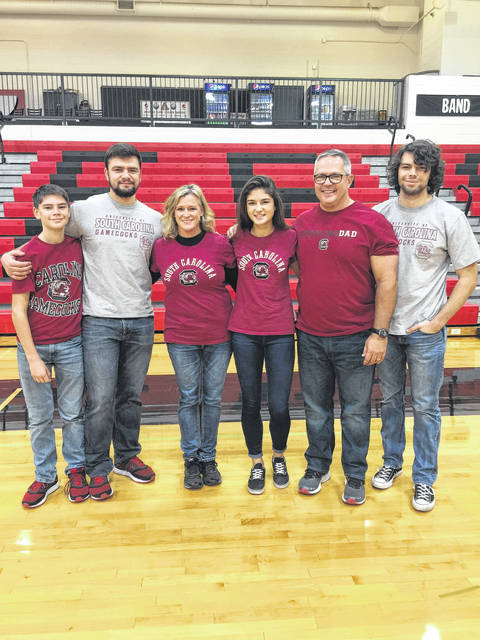 Jonathan Alder senior Lexi Thorpe recently signed a National Letter of Intent to be on the equestrian team at South Carolina University. From left are: Eli Thorpe, Zeke Thorpe, Beth Thorpe, Lexi Thorpe, Rick Thorpe and Sam Thorpe.